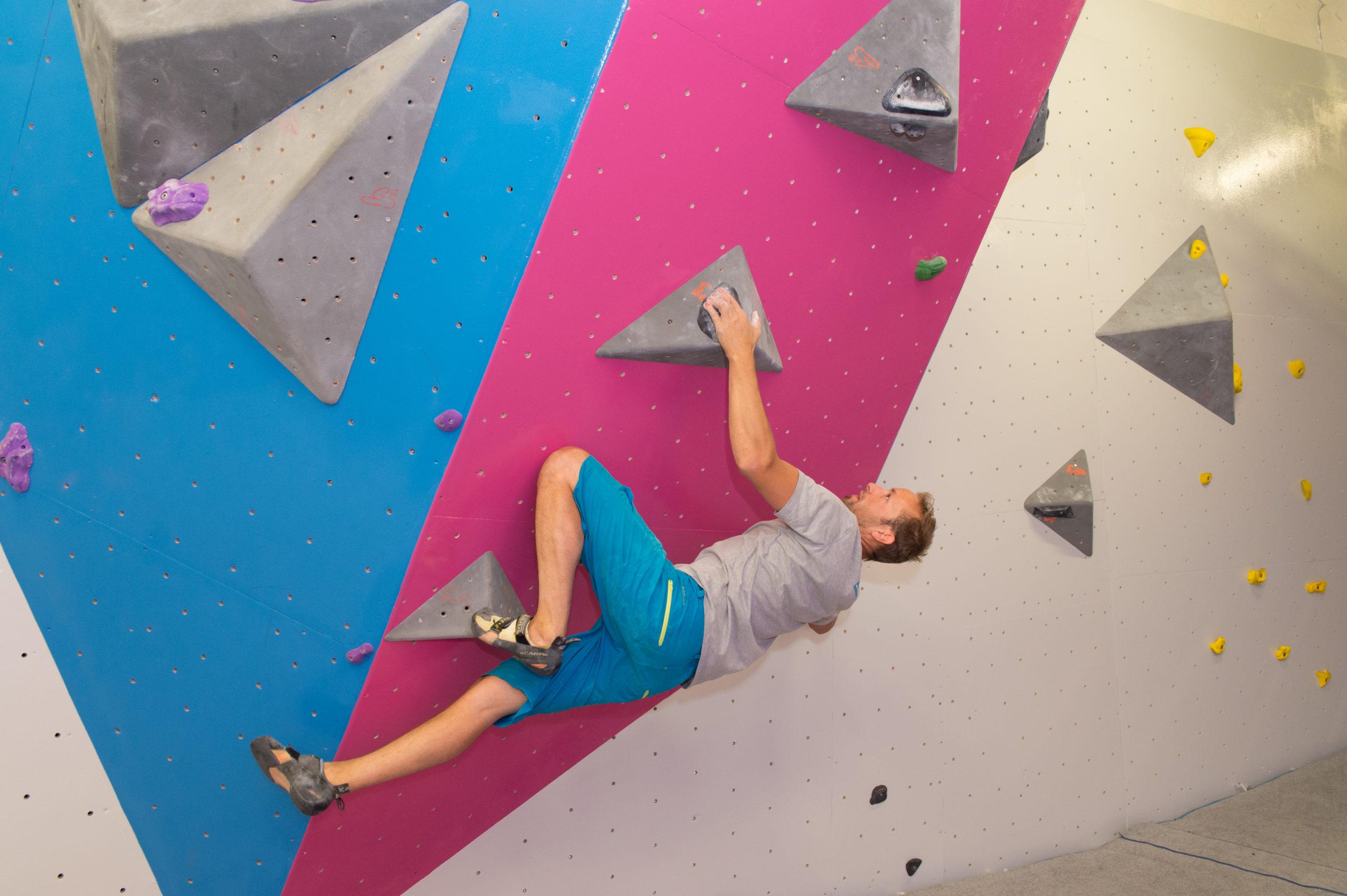 Escalade bloc à Climb Up Lyon Gerland